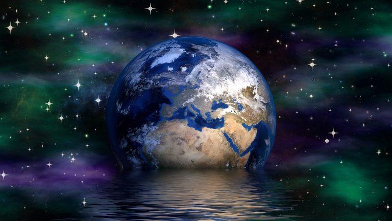 Hommage à notre Terre... En cette journée de la Terre rendons grâce à sa beauté, sa douceur, sa bienveillance... Aimons notre Terre !